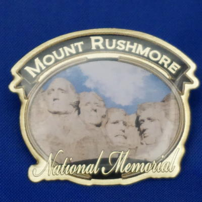 Mount Rushmore pin